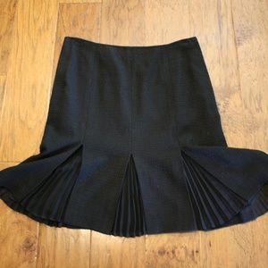 Dana Buchman pleated detail skirt